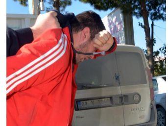 Cezaevi Firarisi Polisin Elinden Kaçmak Istedi