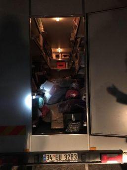 Ankara'da Kaçakçılık Operasyonu; Şüpheliler Adliyeye Sevk Edildi
