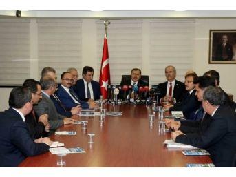 """Bakan Eroğlu: """"bahçeli, Büyük Bir Devlet Adamlığı Örneği Gösterdi"""""""