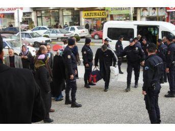 Çorum'da Fetö Soruşturmasında 9'u Asker, 10 Kişi Adliyeye Sevk Edildi