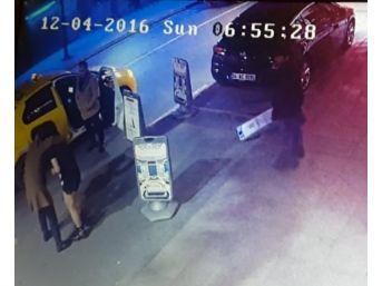 Şişli'de Gece Kulübünde Çıkan Kavga Kamerada