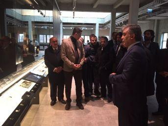 11. Cumhurbaşkanı Abdullah Gül Medya Kuruluşlarının Temsilcileriyle Bir Araya Geldi