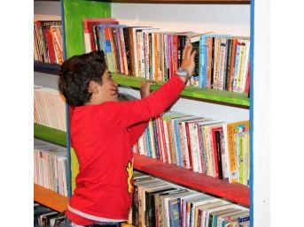 Bodrum'da Festival Gibi Kütüphane Açılışı