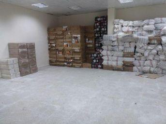 Muradiye'de 136 Bin 500 Paket Sigara Ele Geçirildi