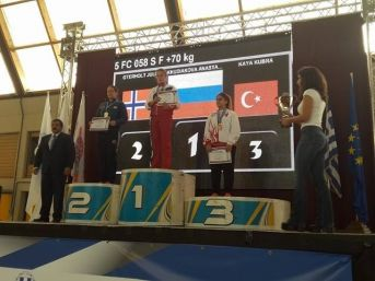 Devrekli Kübra Kaya Kick Boks Avrupa 3. Oldu