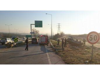 Özel Otomobil Otobanda Takla Attı: 3 Yaralı