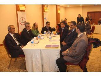 Elazığ'da Modüler Müfredat Geliştirme Çalıştayı Başladı