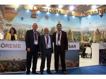 Nevşehirli Belediyeler Travel Turkey'de Kapadokya'yı Tanıtıyor
