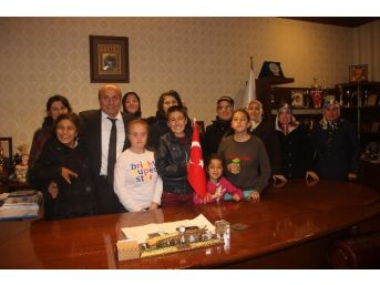 Engelli Aileleri Arslan'ı Ziyaret Etti