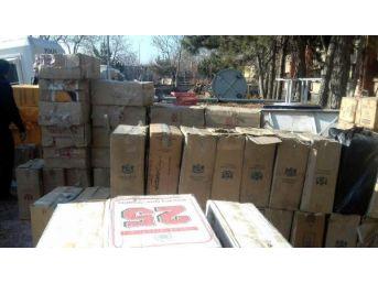 Ev Eşyalarının Içinden 90 Bin 500 Paket Kaçak Sigara  Çıktı