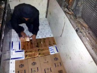 Tır Dorsesinde 52 Bin 900 Paket Kaçak Sigara Ele Geçirildi