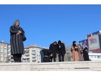 Halep'te Hayatını Kaybedenler İçin Memur-sen Üyeleri Gıyabi Cenaze Namazı Kıldı