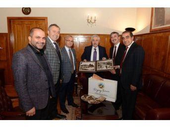 Belediye Başkanlarından Ege Üniversitesi'ne Ziyaret