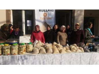 Soma'da Ak Partili Kadınlardan Kermes