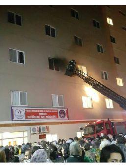Mardin Kız Yurdu'nda Yangın Paniği