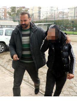Düğünde Iki Kişiyi Bıçaklayan Genç Tutuklandı