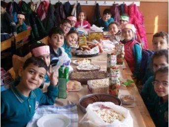 Sandıklı Mehmet Akif Ersoy İlkokulu'nda Yerli Malı Haftası