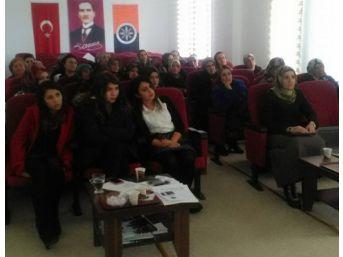 Posof Myo'da Kadın Sağlığı Konferansı Düzenlendi