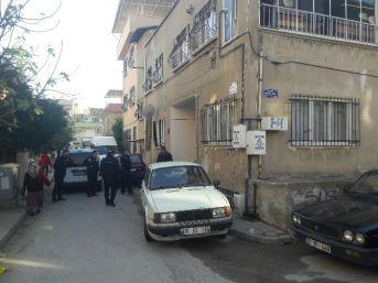 Azeri Kadın Arkadaşına 'intihar Ediyorum' Dedikten Sonra Kendini Astı