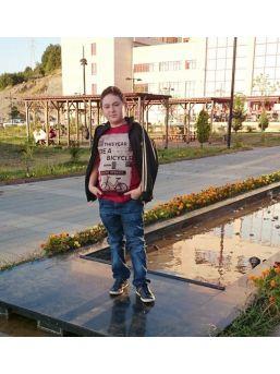 13 Yaşındaki Öğrenci Kanserden Öldü