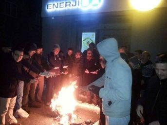 Mut'ta Elektrik Kesintisine Ateşli Tepki