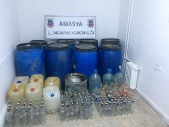 Amasya'da Kaçak İçki İmalathanesine Operasyon
