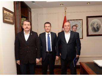 Memur-sen Taleplerini Başbakan Yardımcısı Canikli'ye İletti