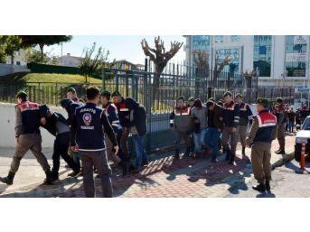 Antalya'da Uyuşturucu Şebekesinin 38 Üyesi Tutuklandı