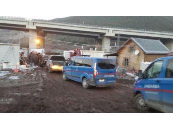 Otoyol Şantiyesine Bir Haftada Ikinci Pkk Operasyonu: 2 Gözaltı
