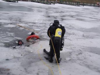 Porsuk'ta Facia; 2 Çocuk Buz Kırılınca Suya Gömülüp Boğuldu