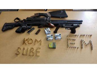 Kayseri'de Kaçak Silah Ve Sigara Operasyonu