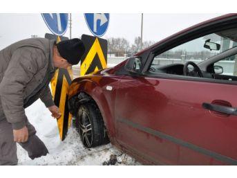 Simav'da Maddi Hasarlı Trafik Kazası