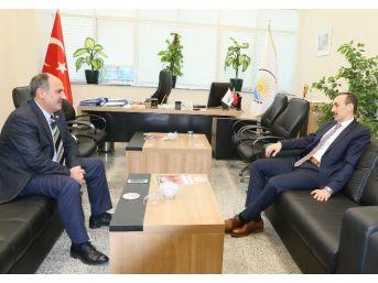 Kaymakam Çiçekli'den Genel Sekereter Yaşar'a Ziyaret