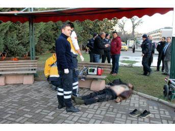 Yalova'da Madde Bağımlısı Şahıs Parkta Ölü Bulundu
