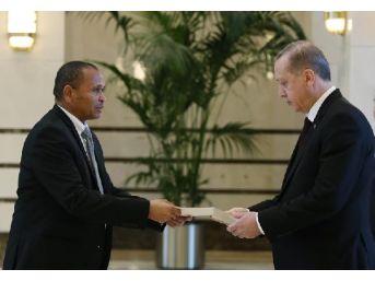 Namibya Büyükelçisinden Erdoğan'a Güven Mektubu