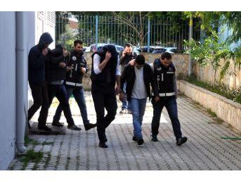 Alanya'da Dolandırıcı Çetesi Yakalandı