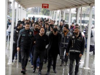 Antalya'da Suç Örgütü Operasyonu: 19 Tutuklama