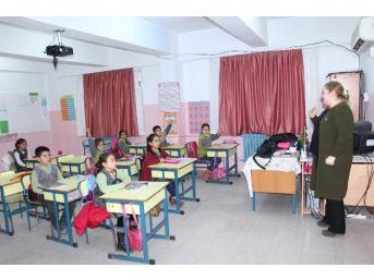 Kuşadası'nda Çocuklar İçin Geri Dönüşüm Eğitimi Devam Ediyor