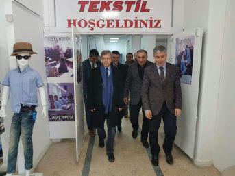 Vali Çınar'dan Tekstil Atölyesine Ziyaret