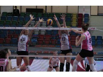 Nilüfer Belediyespor - Çanakkale Belediyespor: 1-3
