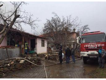 Denizli'de Ev Yangınında Bir Kişi Hayatını Kaybetti