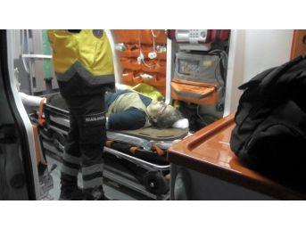 Kulu'da Motosiklet Yayaya Çarptı: 2 Yaralı