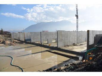 Atıksı Arıtma Tesisi İnşaatı Hızla İlerliyor