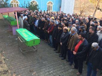 İzmir'de Aynı Aileden 4 Kişiyi Öldüren Şüpheli Intihar Etti (5)