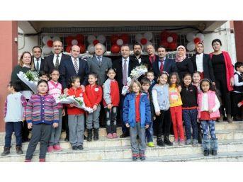 Erdemli'de 29 Bin 900 Öğrenci Karne Sevinci Yaşadı