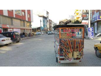 Uşaklı Köfteci Lezzeti Müşterilerinin Ayağına Götürüyor