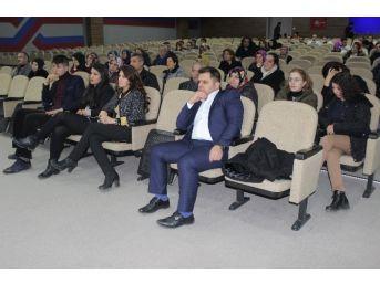 Elazığ'da Velilere Çocuk Gelişimi Semineri Verildi