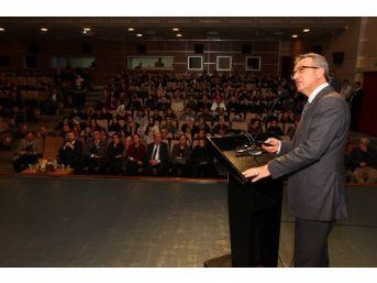 Başkan Köşker'den Danışma Toplantısında Hizmet Sunumu