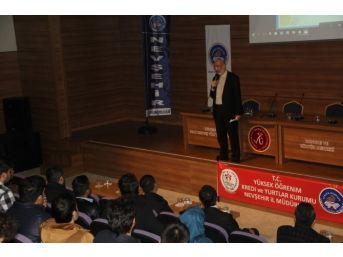Nevşehir'de Uluslararası İlişkiler Kampı Tamamlandı