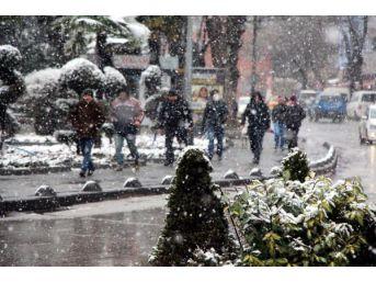Zonguldak'ta Kar